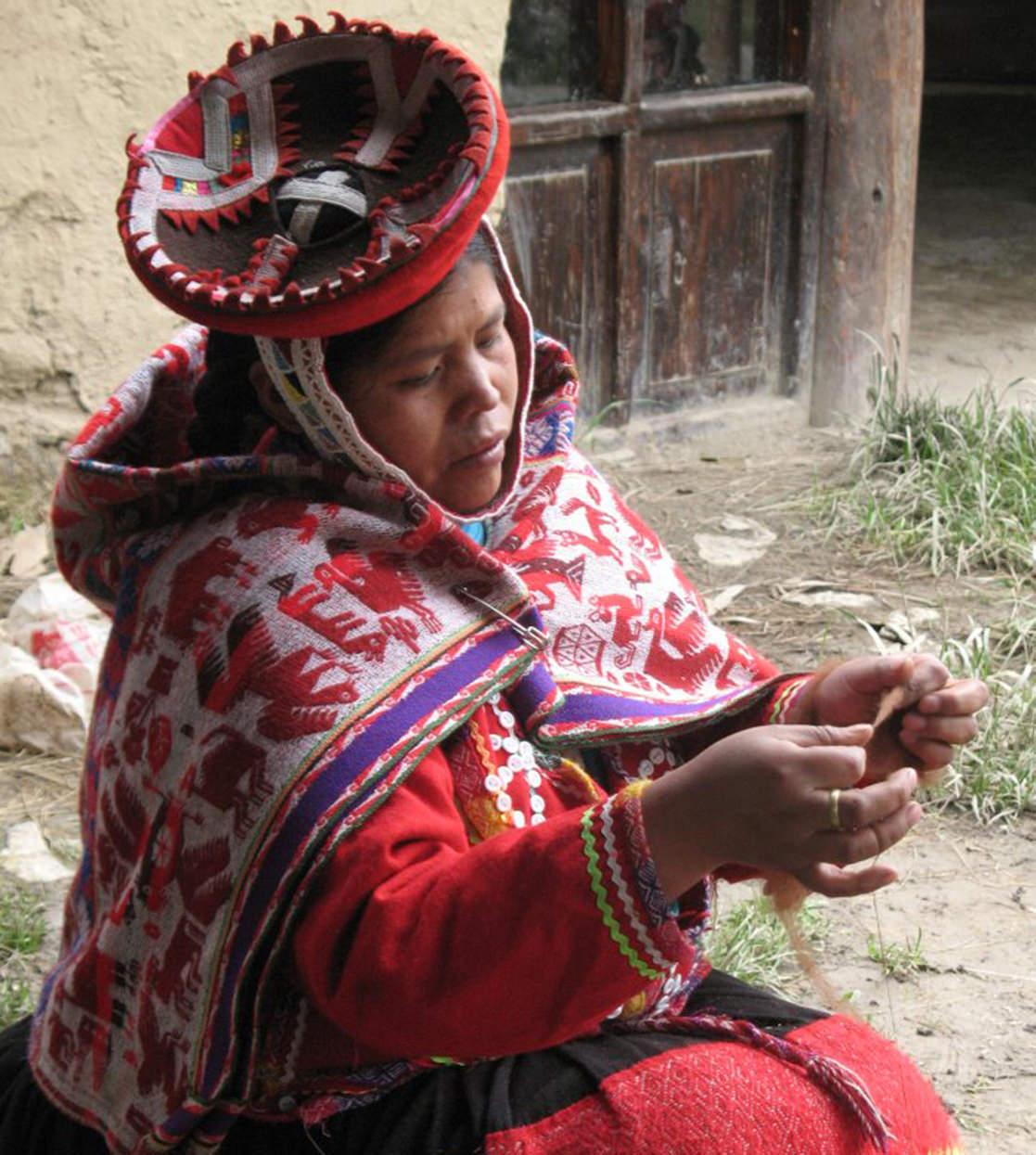 Quechua weaver